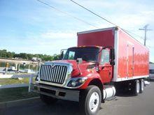 2009 INTERNATIONAL 7400 BOX TRU