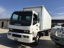 2000 ISUZU FTR BOX TRUCK - STRA