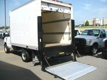 2012 FORD E-350 BOX TRUCK - STR