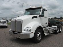 2017 KENWORTH T880 CONVENTIONAL