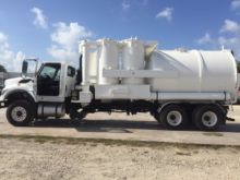 2009 INTERNATIONAL 7600 SEPTIC