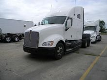 2014 KENWORTH T700 CONVENTIONAL