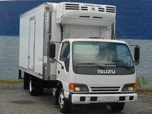 2005 ISUZU NPR REFRIGERATED TRU