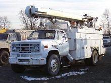 1985 GMC 7000 BUCKET TRUCK - BO