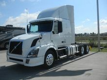 2012 VOLVO VNL64T430 CONVENTION