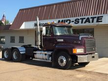 1994 MACK CL602 CONVENTIONAL -