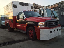 2002 Ford F450 Enclosed Utility