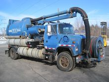 Used 1993 FORD L8000