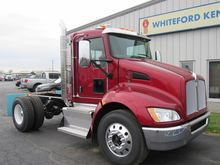 2017 KENWORTH T270 Conventional
