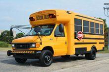 2003 FORD E-450 18-PASS. SCHOOL
