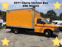 2011 CHEVROLET EXPRESS BOX TRUC