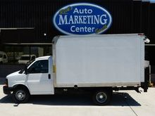 2012 CHEVROLET EXPRESS BOX TRUC