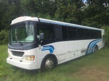 2004 CHAMPION BUS BUS