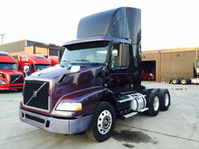 2007 VOLVO DAY CAB CONVENTIONAL