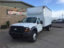 2005 FORD F550 XL BOX TRUCK - S