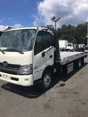 2017 HINO 195 ROLLBACK TOW TRUC