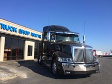 2017 WESTERN STAR 5700XE TRACTO