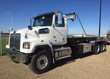 2016 WESTERN STAR 4700 ROLL OFF