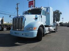2011 PETERBILT 386 AERODYNAMIC