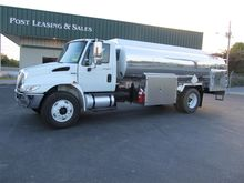 2010 INTERNATIONAL 4300 TANKER