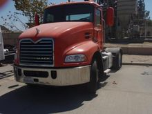 2011 MACK CONVENTIONAL - DAY CA