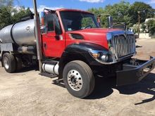 2012 INTERNATIONAL 7300 TANKER