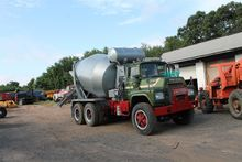 1984 MACK DM600 BEVERAGE TRUCK
