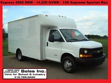 2013 CHEVROLET EXPRESS BOX TRUC