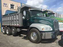 Used 2011 MACK PINNA