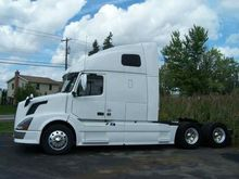 2013 VOLVO VNL64T CONVENTIONAL