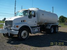 2006 STERLING LT7500 WATER TRUC