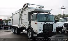 2006 AUTOCAR XPEDITOR GARBAGE T