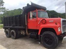 1987 FORD L800 DUMP TRUCK