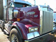 2004 KENWORTH W900L DUMP TRUCK