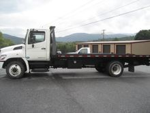 2013 HINO 268 ROLLBACK TOW TRUC