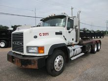 Used 2007 MACK CL733