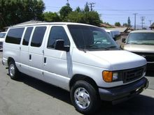 2004 FORD E-SERIES BUS