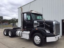 2012 FREIGHTLINER 122 SD CONVEN