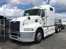 2009 MACK VISION CONVENTIONAL -