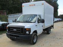 2012 FORD E-350 BOX TRUCK BOX T
