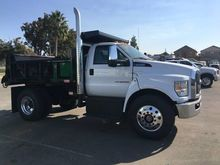 New 2017 FORD F750 D