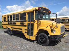 2001 FREIGHTLINER Bus