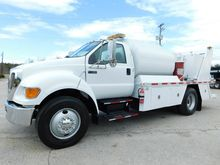 2007 FORD F750 XL FUEL TRUCK -