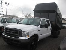 2004 FORD F550 CHIPPER TRUCK