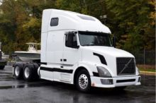 2005 VOLVO VNL64T670 CONVENTION