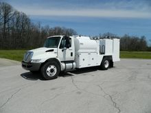 2011 INTERNATIONAL 4300 FUEL TR