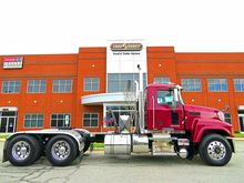 2012 MACK PINNACLE CHU613 Conve