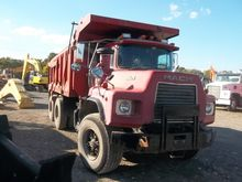 Used 1989 MACK DM690