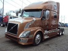Used 2008 VOLVO VNL6