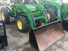 JOHN DEERE 2355 Tractors